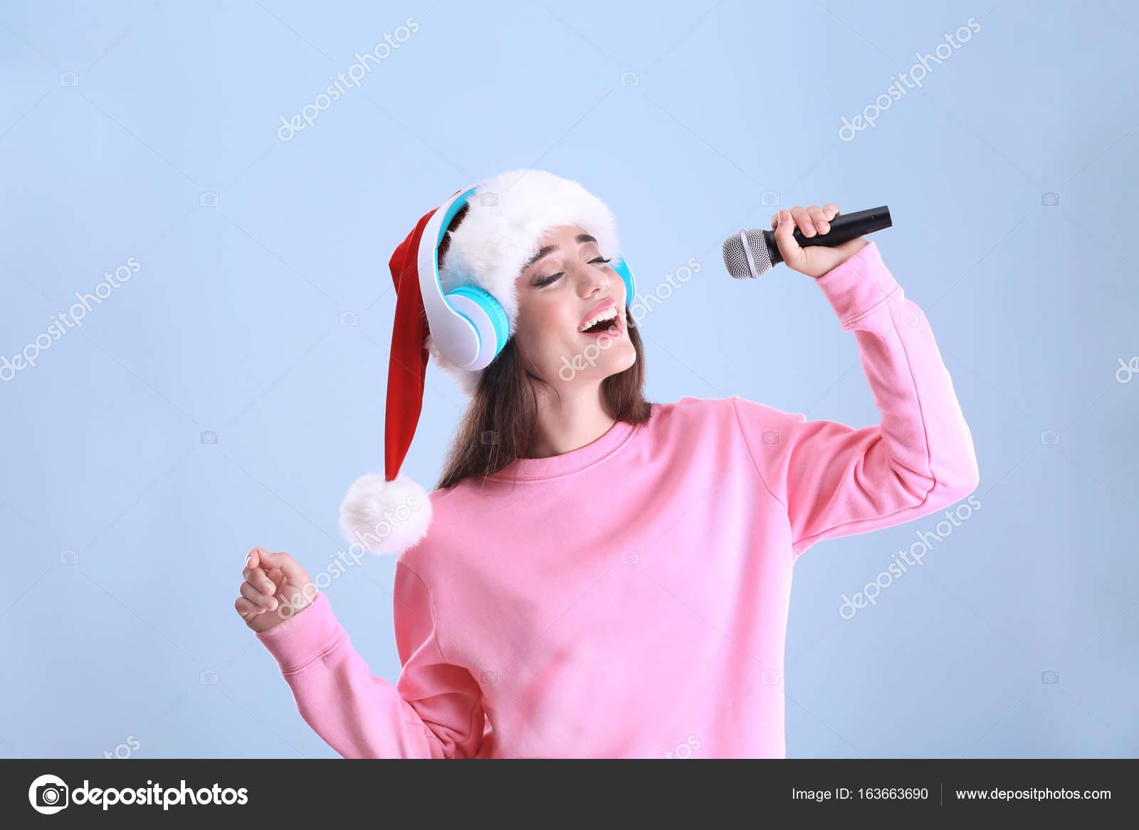 musique de noel femme qui chante